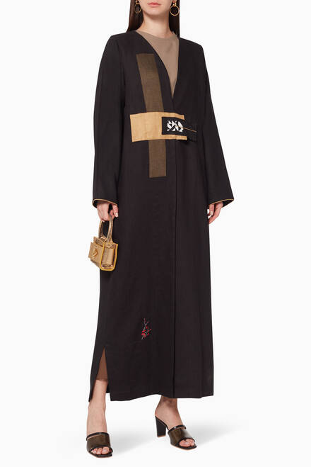 hover state of Contrast Panel Linen Abaya