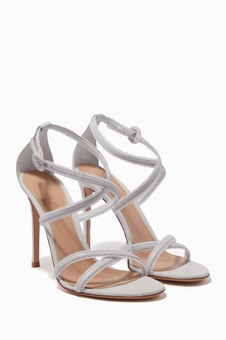 White Dafne Criss-Cross Sandals