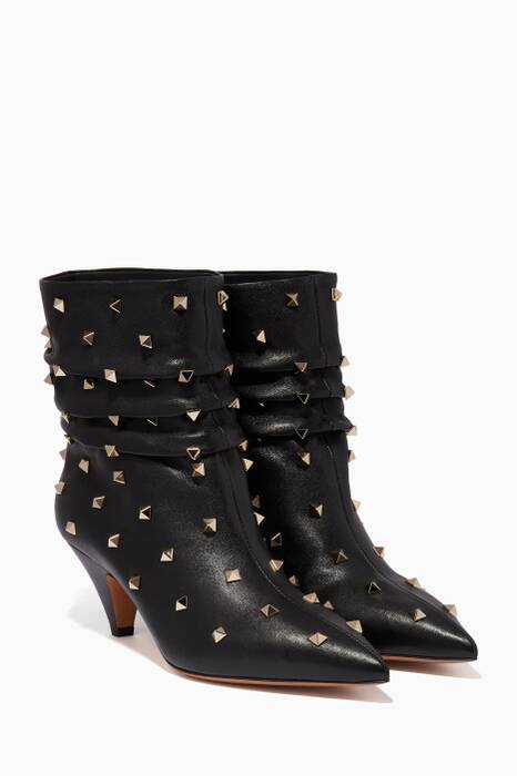 Black Rockstud Point-Toe Boots