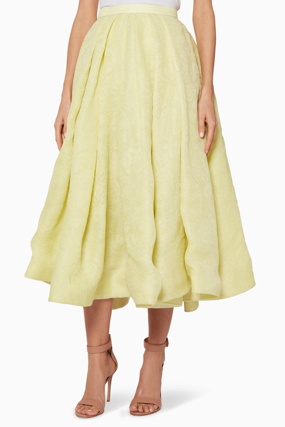 dc438ef1997fe تسوق تنورة بحواف منفوشة باللون الأصفر الهادئ Rosie Assoulin اصفر ...