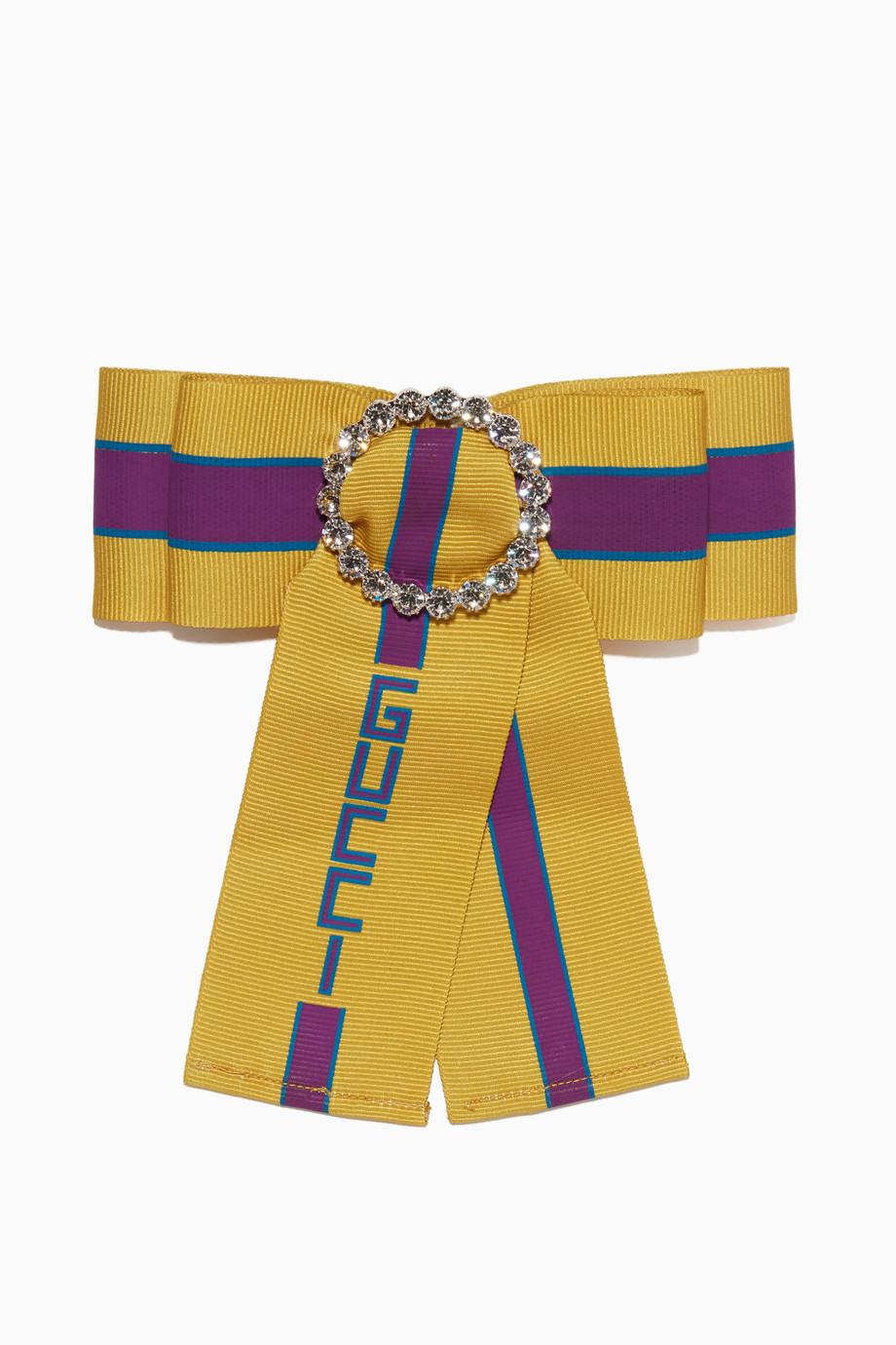 7dac97eb2c8 Shop Gucci Multicolour Multi-Colour Crystal Bow Brooch for Women ...