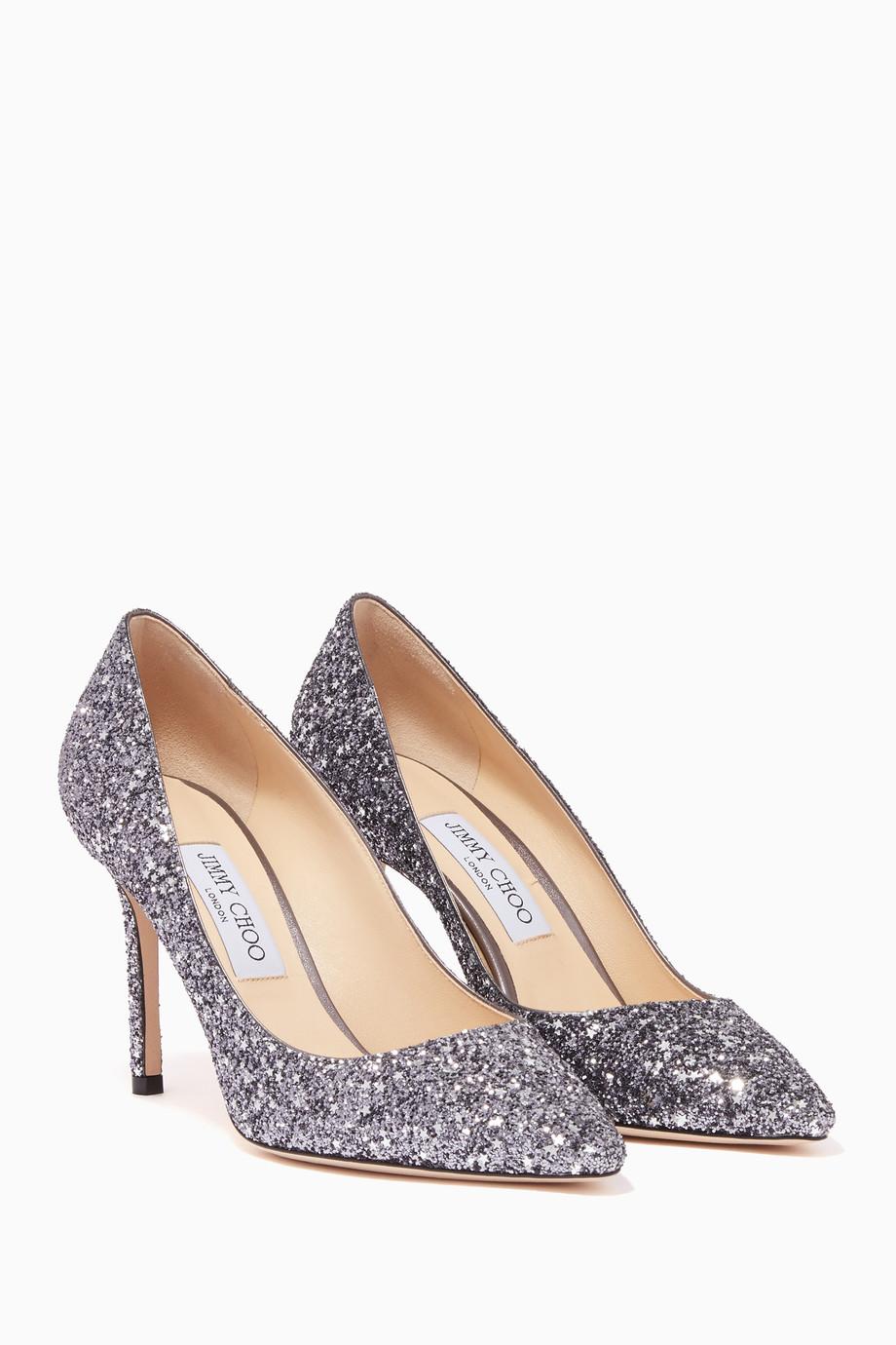 48d19488a تسوق حذاء كلاسيك رومي 85 فضي داكن جيمي تشو فضي للنساء | اُناس الامارات