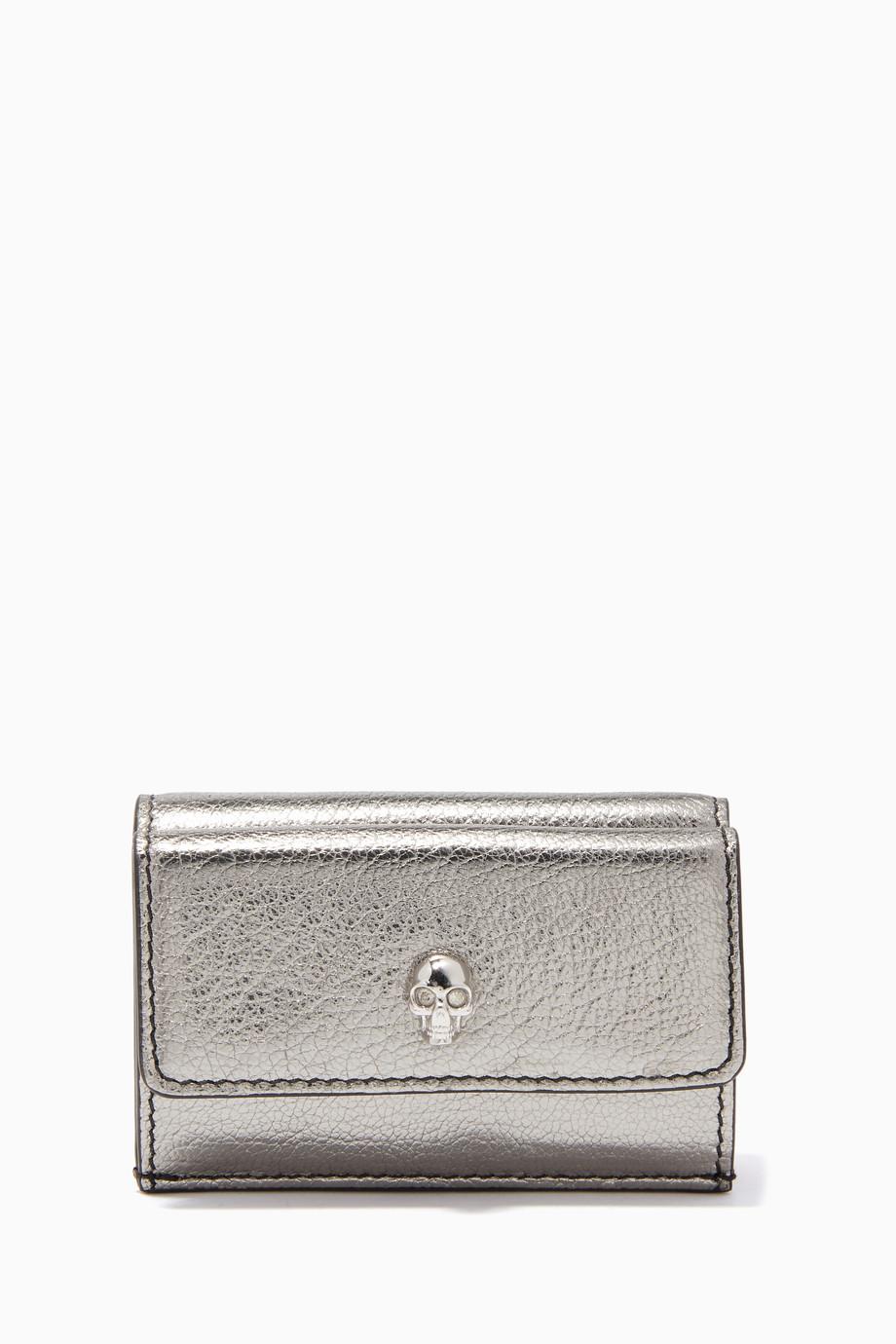 04029b22b تسوق محفظة جلد صغيرة فضية Alexander McQueen فضي للنساء | اُناس