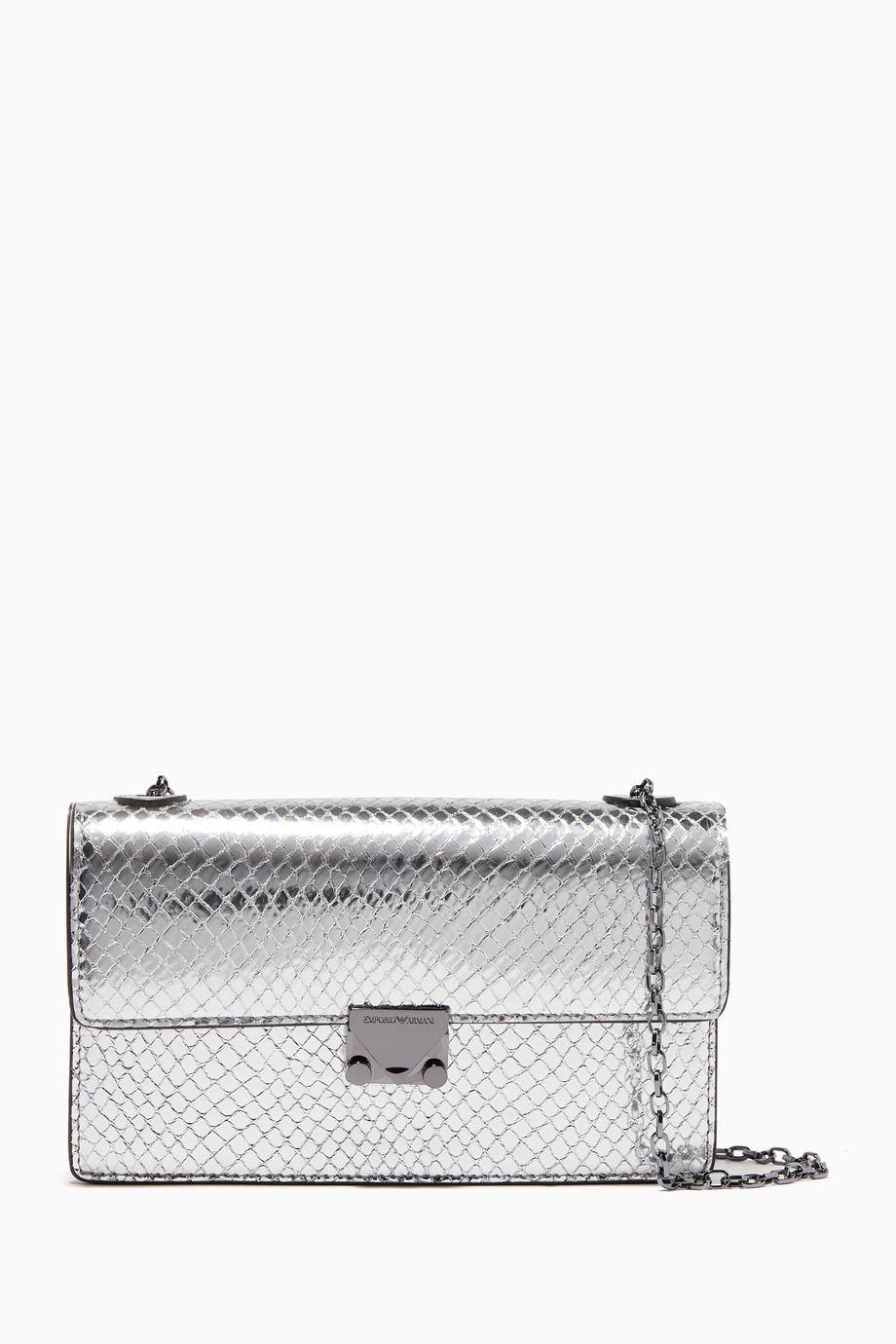 565d79d0db5dd تسوق حقيبة صغيرة بنقشة جلد الأفعى فضية Emporio Armani فضي للنساء ...