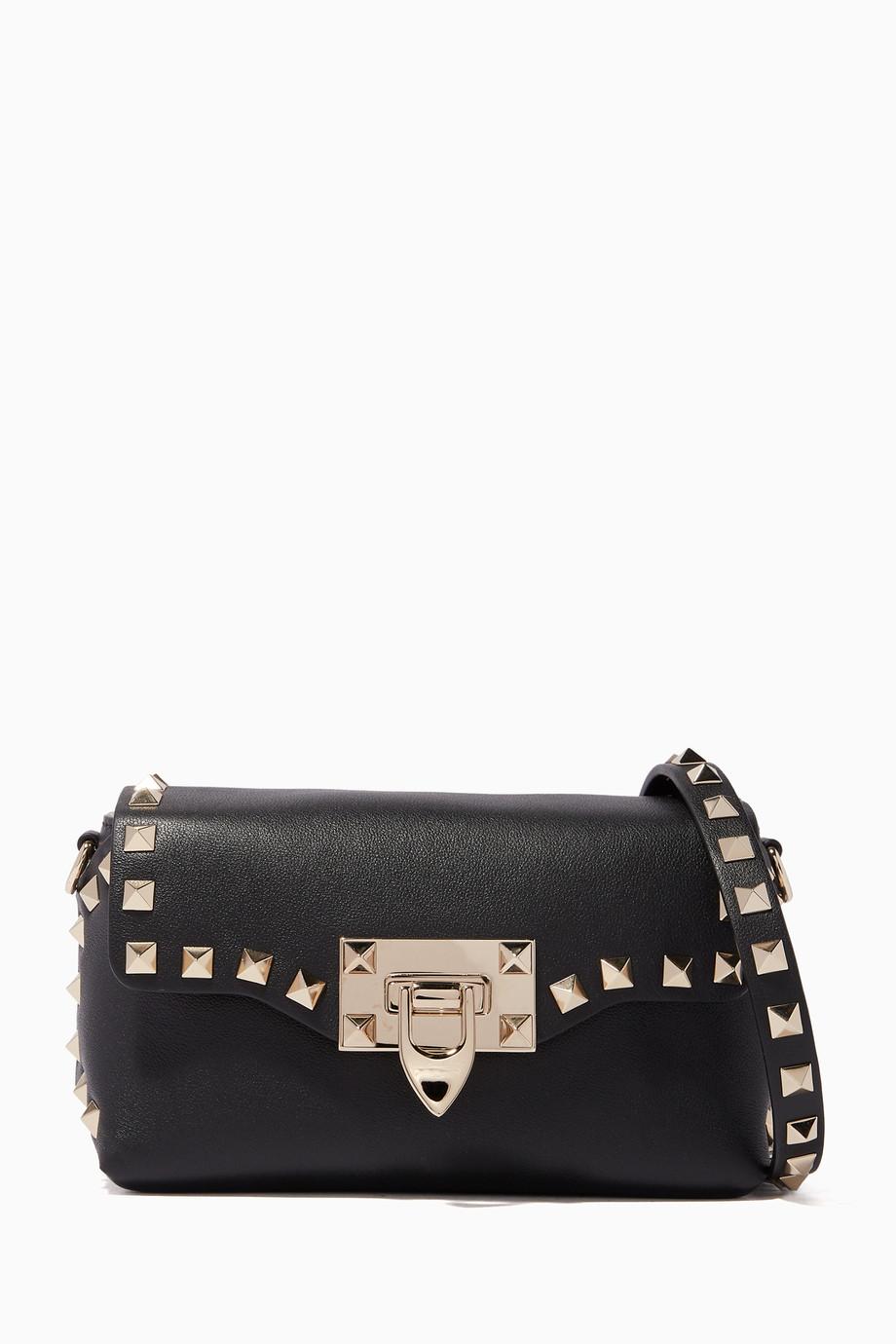 dd2e8a906b024 تسوق حقيبة كروس صغير بحلي هرمية سوداء فالنتينو أسود للنساء