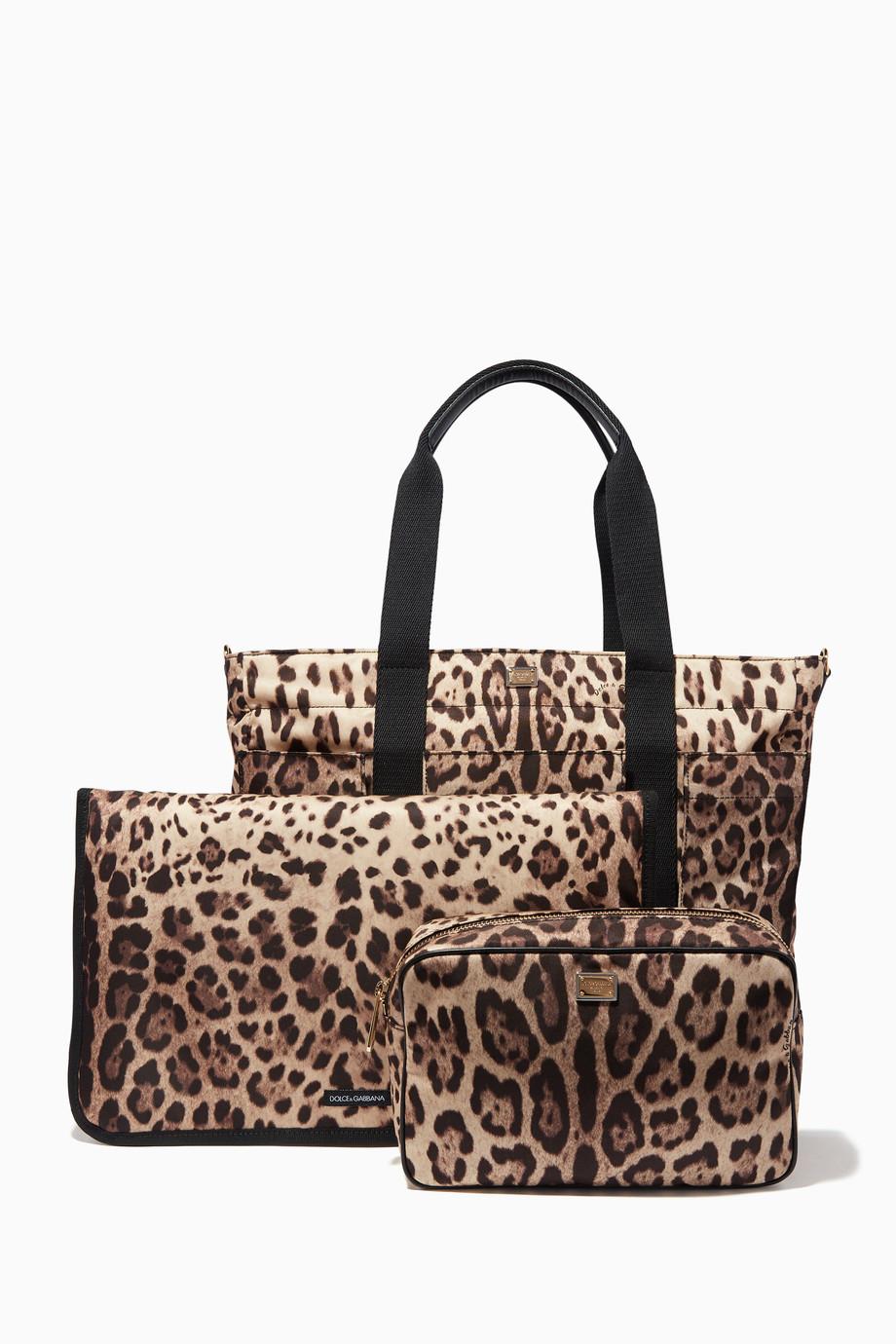 9c2416734 تسوق حقيبة للتغيير بنقشة جلد الفهد Dolce & Gabbana بنى للأطفال | اُناس