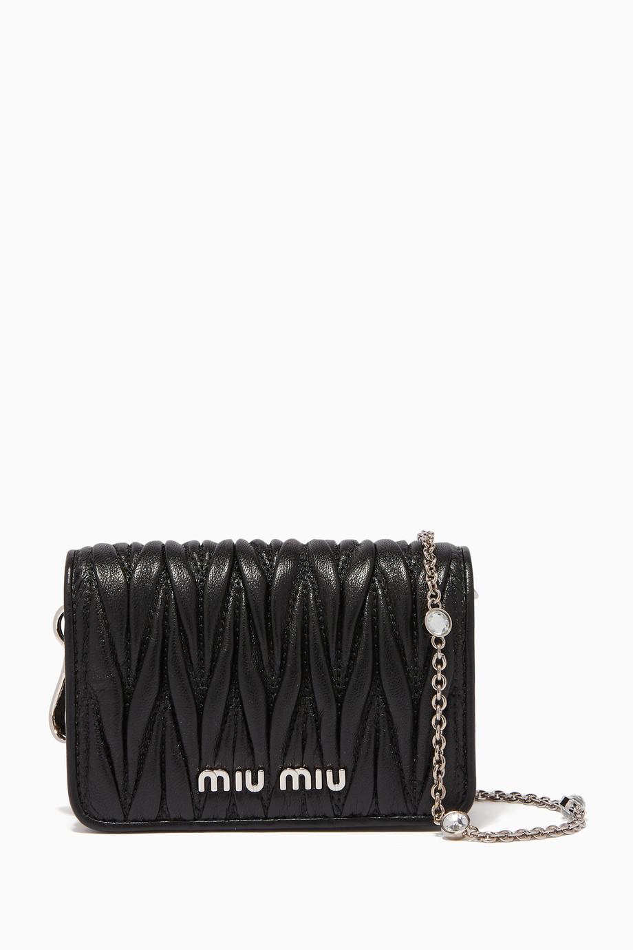 sale retailer d1de0 730c3 Shop Miu Miu Black Black Matelassé Leather Chain Card Case for Women ...