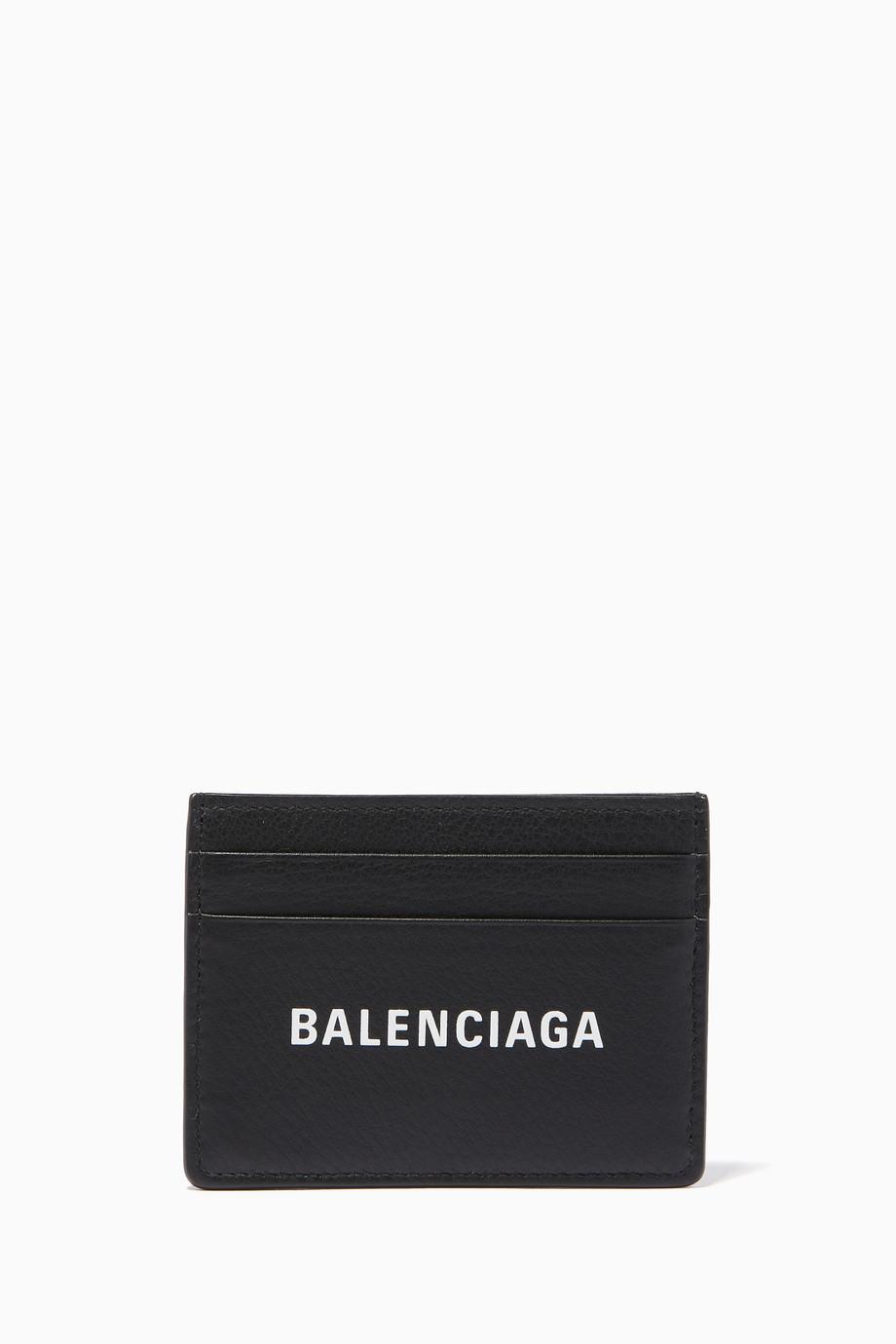 cbd028ff32 Shop Balenciaga Black Everyday Logo Card Holder for Men | Ounass